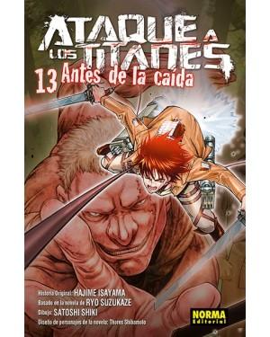 ATAQUE A LOS TITANES: ANTES DE LA CAÍDA 13